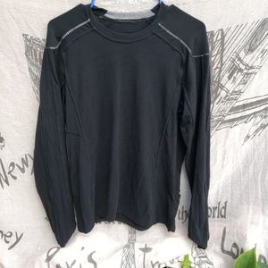 LULULEMON men's Black long sleeve sz M